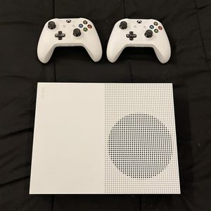 XBOX ONE S 1TB CONSOLE WITH TWO REMOTES for Sale in Phoenix, AZ