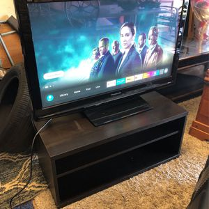 42 Inch With Tv Stand Panasonic for Sale in Vacaville, CA