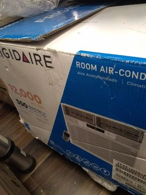 Frigidaire Room Air Conditioner 12,000 BTU Open Box for$300 for Sale in Paramount, CA