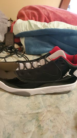 Jordan's 11and a half for Sale in Elgin, IL