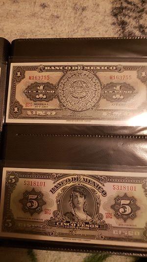 Coleccion de billetes mexicanos 1967 a 1977 for Sale in Nipomo, CA