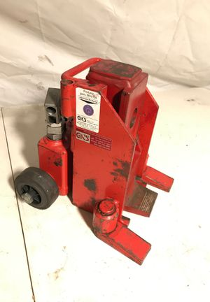 GKS 5 ton capacity toe jack for Sale in South El Monte, CA