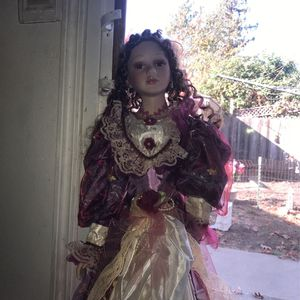 Vintage Porcelain Doll for Sale in Concord, CA