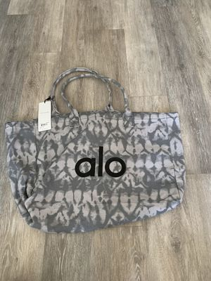 Alo Yoga shopper tote bag (brand new with tag) for Sale in Los Angeles, CA