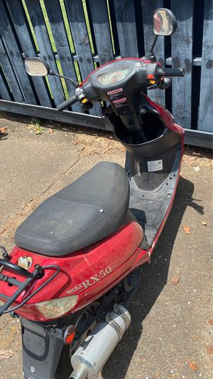 Moped for parts for Sale in Nashville, TN