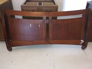Queen bed frame for Sale in Jackson, TN