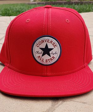 red converse all star snap back hat for Sale in Vista, CA