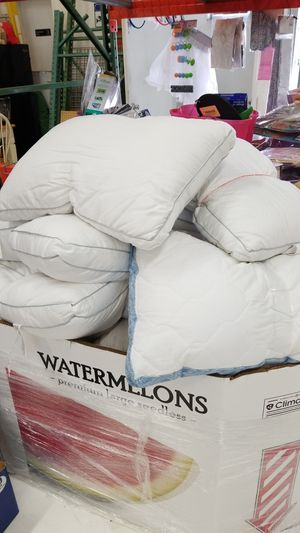 PILLOWS Different Brand for Sale in Riviera Beach, FL