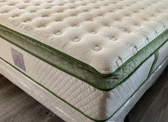 ❇New Queen Elite Organic Superior Plush Hybrid Gel Pillowtop Mattress w/boxspring Set❇ for Sale in Stockton,  CA