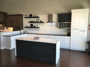 Kitchen Cabinets for Sale in Porter, TX