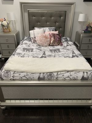 Full Size Diva Bed for Sale in Hartford, CT
