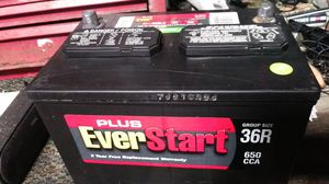 GREAT BATTERY EVERSTART 650 CCA ABOUT 2YEARS OLD TOP POST JUST 3O$ NO LONGER HAVE CAR CAN TRY BEFORE U BUY for Sale in Fresno, CA