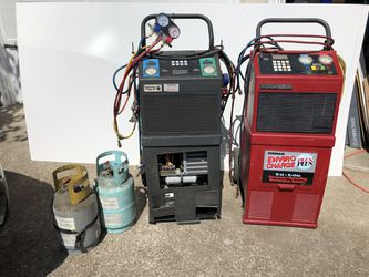 Red a/c refrigerant recharge machine for Sale in Sherwood,  OR