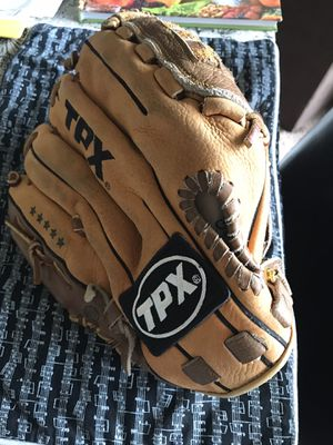 Louisville Air Defense Baseball/ Softball Glove for Sale in Vancouver, WA