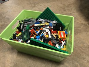Big tote of legos for Sale in Raleigh, NC