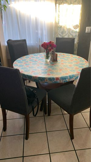 Dining table for sale 200 or best offer for Sale in San Jose, CA