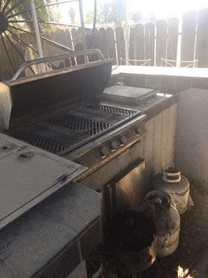 BBQ island with cal-flame grill for Sale in Manteca, CA