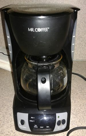 Mr Coffee 4 Cup Coffee maker works EXCELLENT perfect for Trailers, Campers, RV'S, Office, travel, motels, home, patio, garage, shop etc for Sale in Puyallup, WA