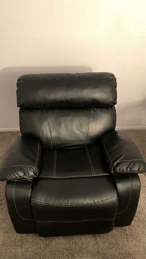 Black Leather Recliner for Sale in Phoenix, AZ