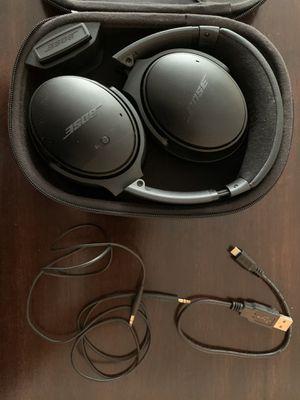 BOSE QuietComfort 35 wireless headphones for Sale in Schiller Park, IL