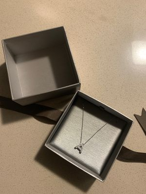 .50K silver necklace for Sale in Long Beach, CA