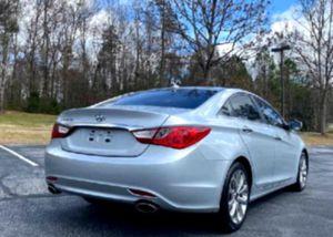 NewTires 2O11 Sonata for Sale in Davenport, FL
