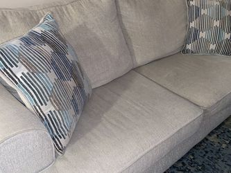 Pull Out Couch for Sale in Miami,  FL