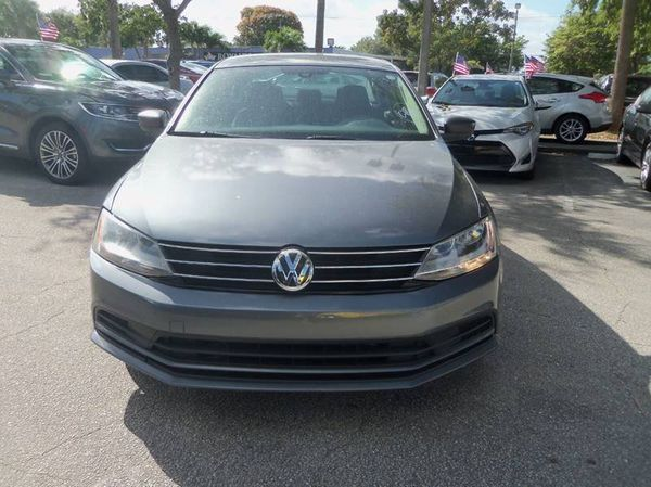 2016 Volkswagen Jetta Sedan only $700 down payment.. ridiculous credit? Previous Repos ? I don't care.. I will finance you.. contact me now..