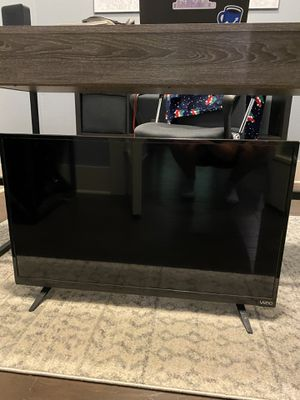 Vizio 32 inch TV for Sale in Dallas, TX