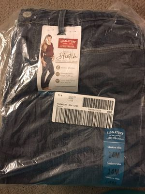 Levi's size 14 jeans for Sale in Glen Burnie, MD