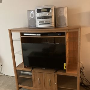 free Entertainment Center for Sale in Riverview, MI