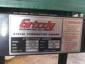 Grizzly Industrial Sander for Sale in Wayland, MO