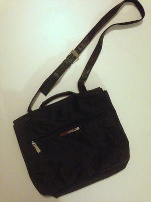 Nine West messenger bag/purse for Sale in Fresno, CA