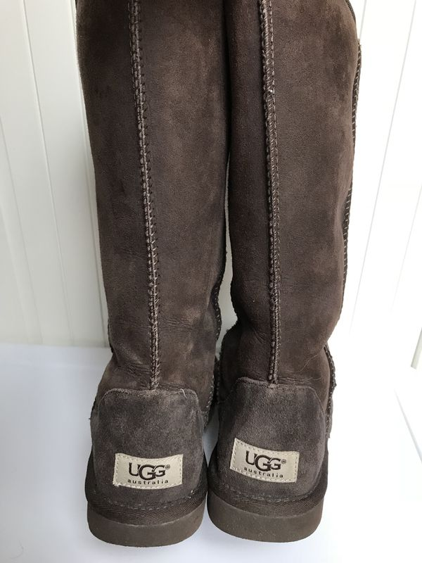 Size:7 LONG UGGs Boots
