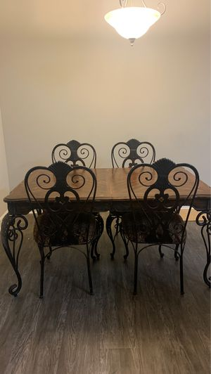 Dining table and chairs for sale for Sale in Atlanta, GA