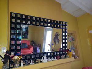 Mirror w/ Black for Sale in Miami, FL