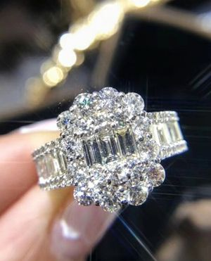 925 SILVER BAGUETTE RING for Sale in Lawton, OK