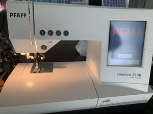 Pfaff Creative 2140 for Sale in Anaheim, CA