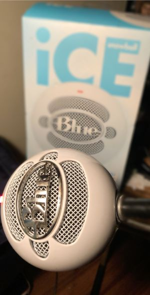 Blue snowball ice microphone for Sale in Wichita, KS
