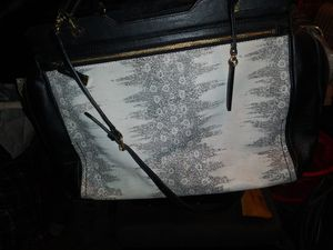 Vince camuto purse for Sale in Kent, WA