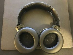 Sony MDR-XB950BT Extra Bass Bluetooth Wireless for Sale in Manassas, VA
