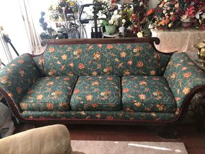 Antique Sofa Couch for Sale in Pineville, LA