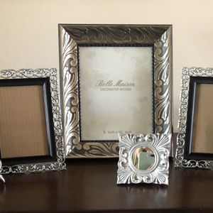 5 silver & black picture frames & a small silver framed mirror for Sale in Chandler, AZ