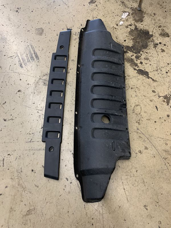 Jeep Wrangler bumper, grill and and panel