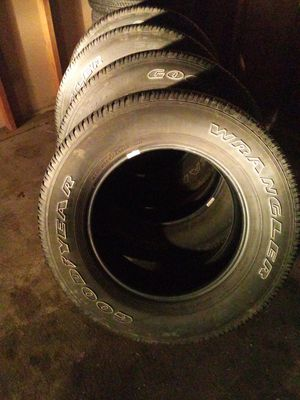Goodyear wrangler 275 / 65 / 18 for Sale in Maple Valley, WA