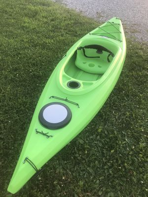 Explorer 10.4 kayak for Sale in Grafton, OH