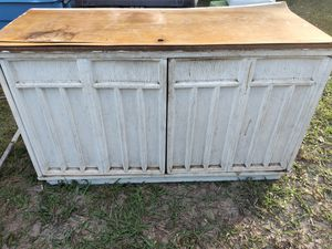 Free cabinet for Sale in Zephyrhills, FL