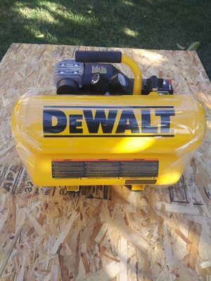 Dewalt compresor nuevo 4 galones for Sale in Moreno Valley, CA