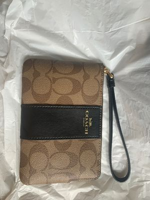Coach Wristlet for Sale in Spanaway, WA