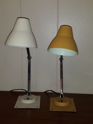 Pair Mid Century Vintage Desk Lamps for Sale in Lake View Terrace, CA